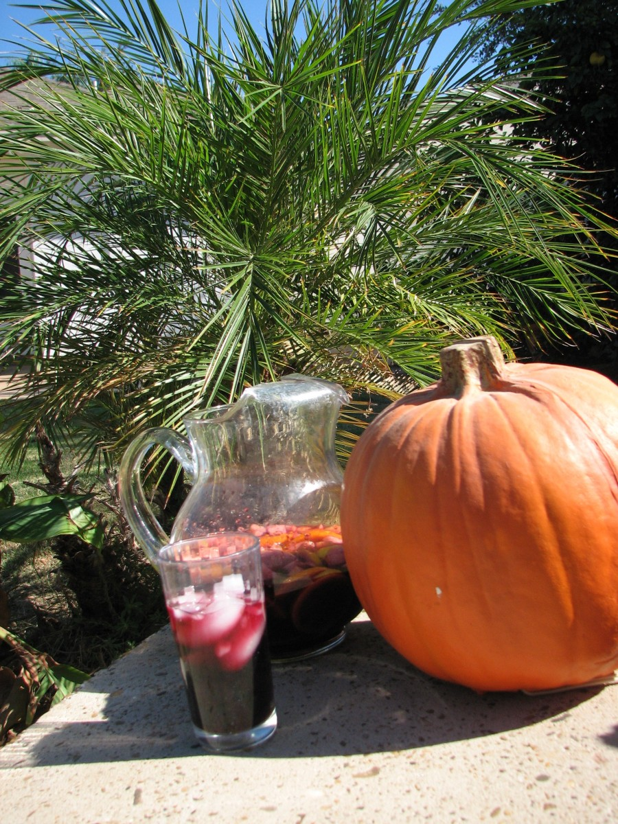 Autumn Sangria with Pumpkin