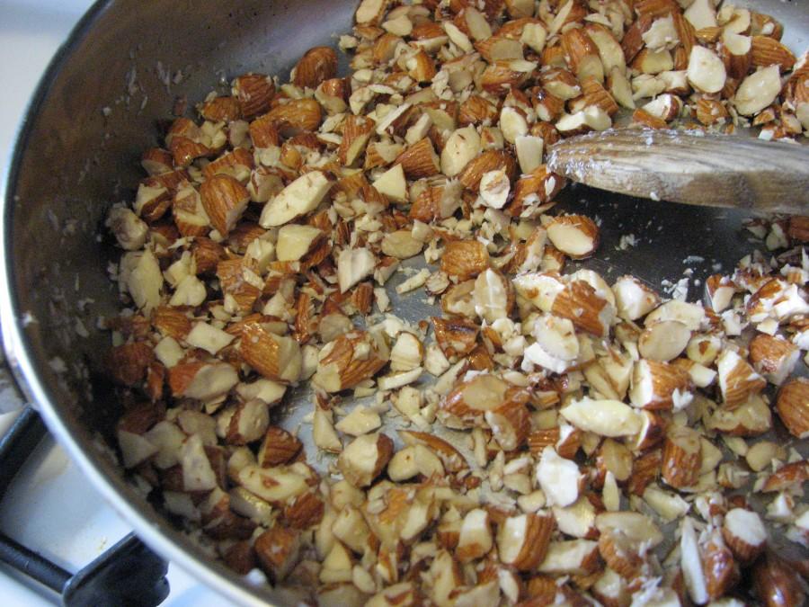Toast Almonds